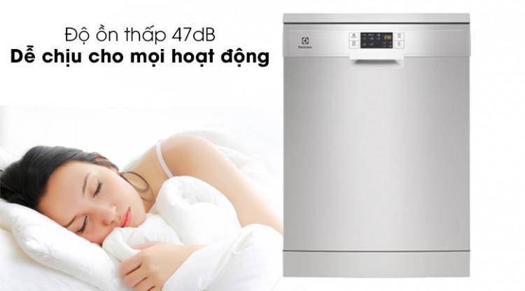 Độ ồn thấp, đem đến sự hài lòng nhất đến người dùng - Máy rửa bát Electrolux ESF5512LOX 1950W