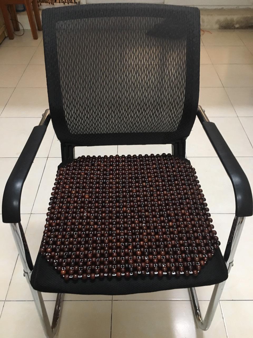 Lót ghế ô tô hạt gỗ trắc bóng hạt 1,2cm - Kích thước 45cm x45cm - Thảm lót ghế ô tô hạt gỗ - Khoác ghế ô tô hạt gỗ nhỏ - Đệm ghế ô tô