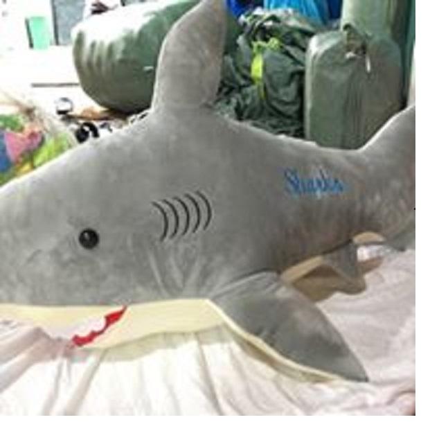 gối ôm 3d hình cá mập kích thước 75cm