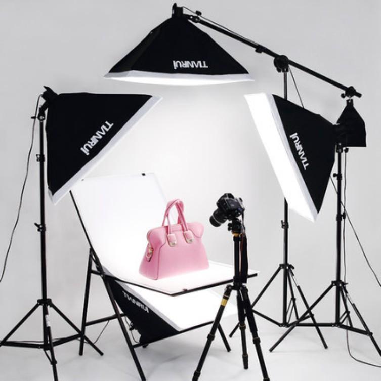 Ghế xếp chụp sản phẩm lấy sáng chuyên nghiệp StudioChair 60x100cm kèm phông nền trắng nhựa PVC