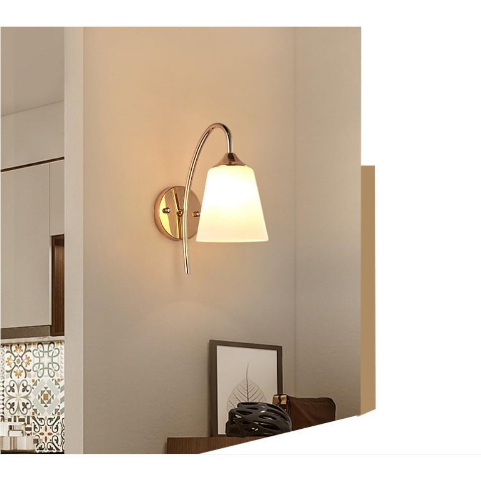 Đèn LED gắn tường ánh sáng vàng trang trí phòng khách, phòng ngủ, cầu thang phong cách hiện đại