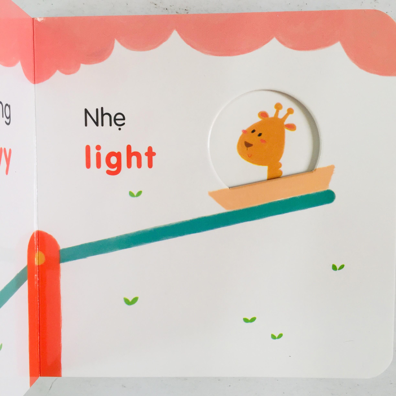 Combo 4 cuốn: Ô Cửa Diệu Kì + Màu Sắc + Số Đếm + Hình Dạng + So Sánh