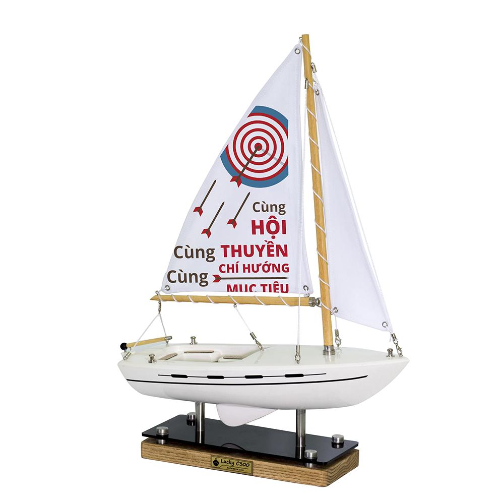 Mô hình Thuyền Lucky C300 A001.T3