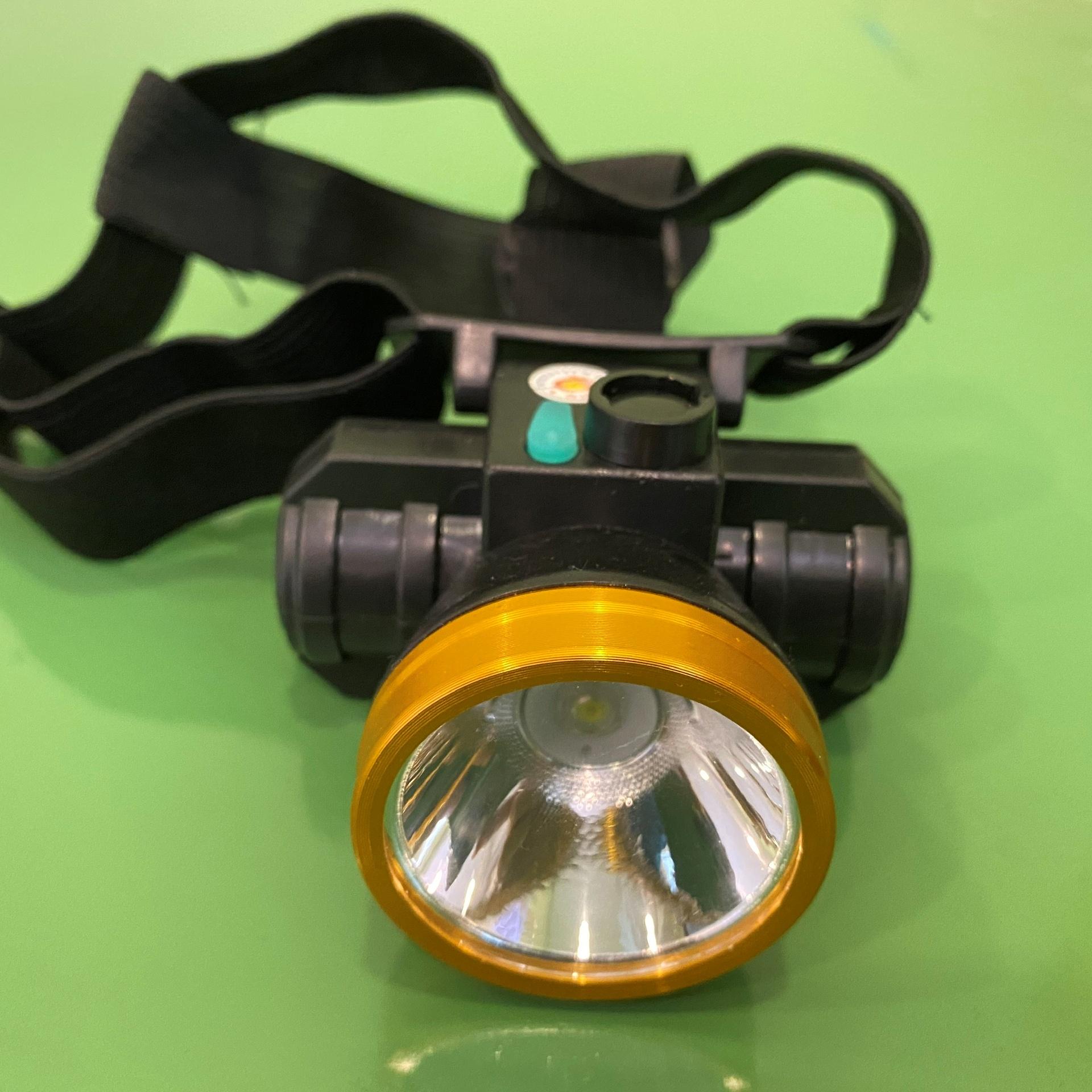 Đèn pin đội đầu Essesa 50W đường kính chóa đèn 4.5cm - Chính hãng
