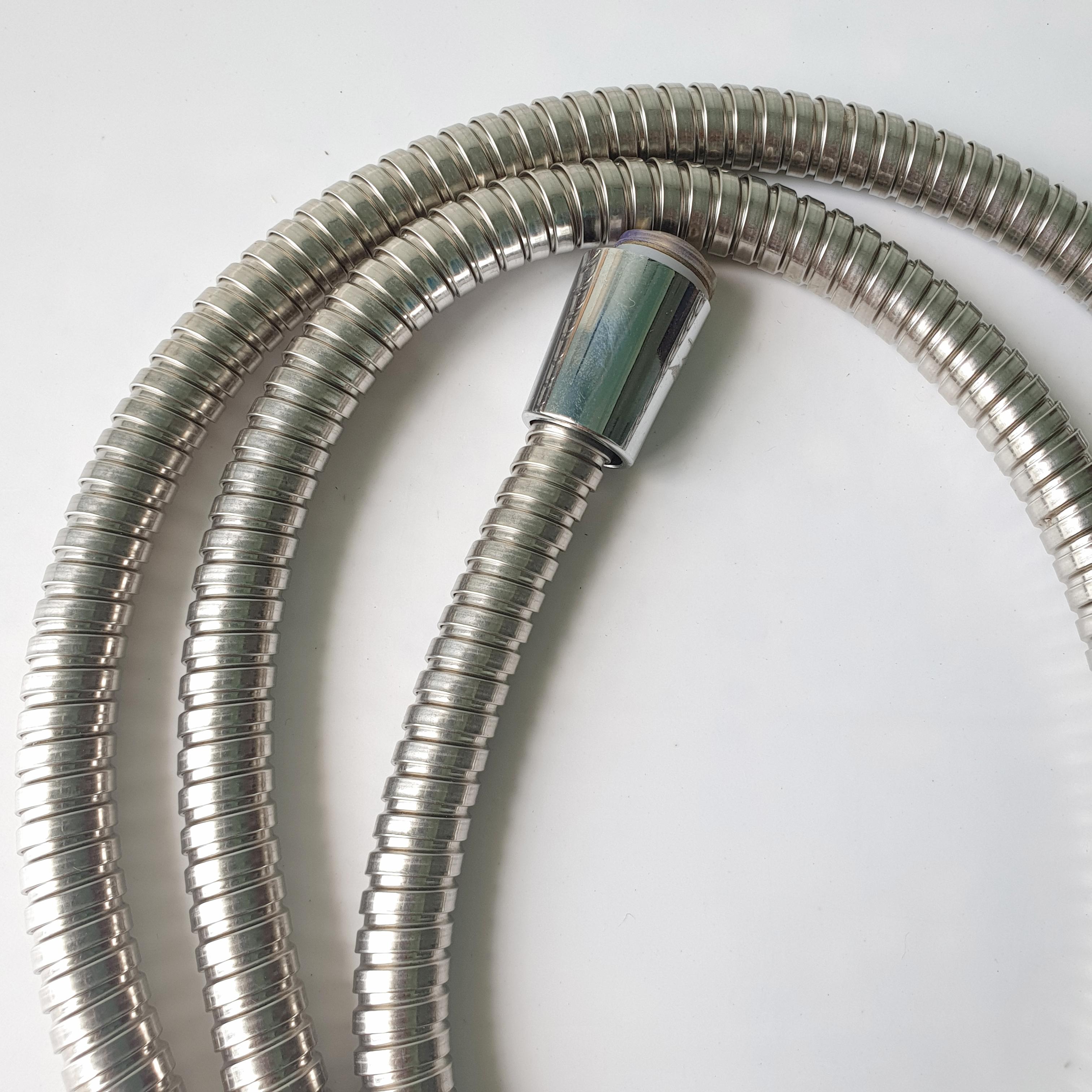 Bộ 4 Dây vòi xịt vệ sinh _ dây cấp nước vòi xịt vệ sinh 1,2m