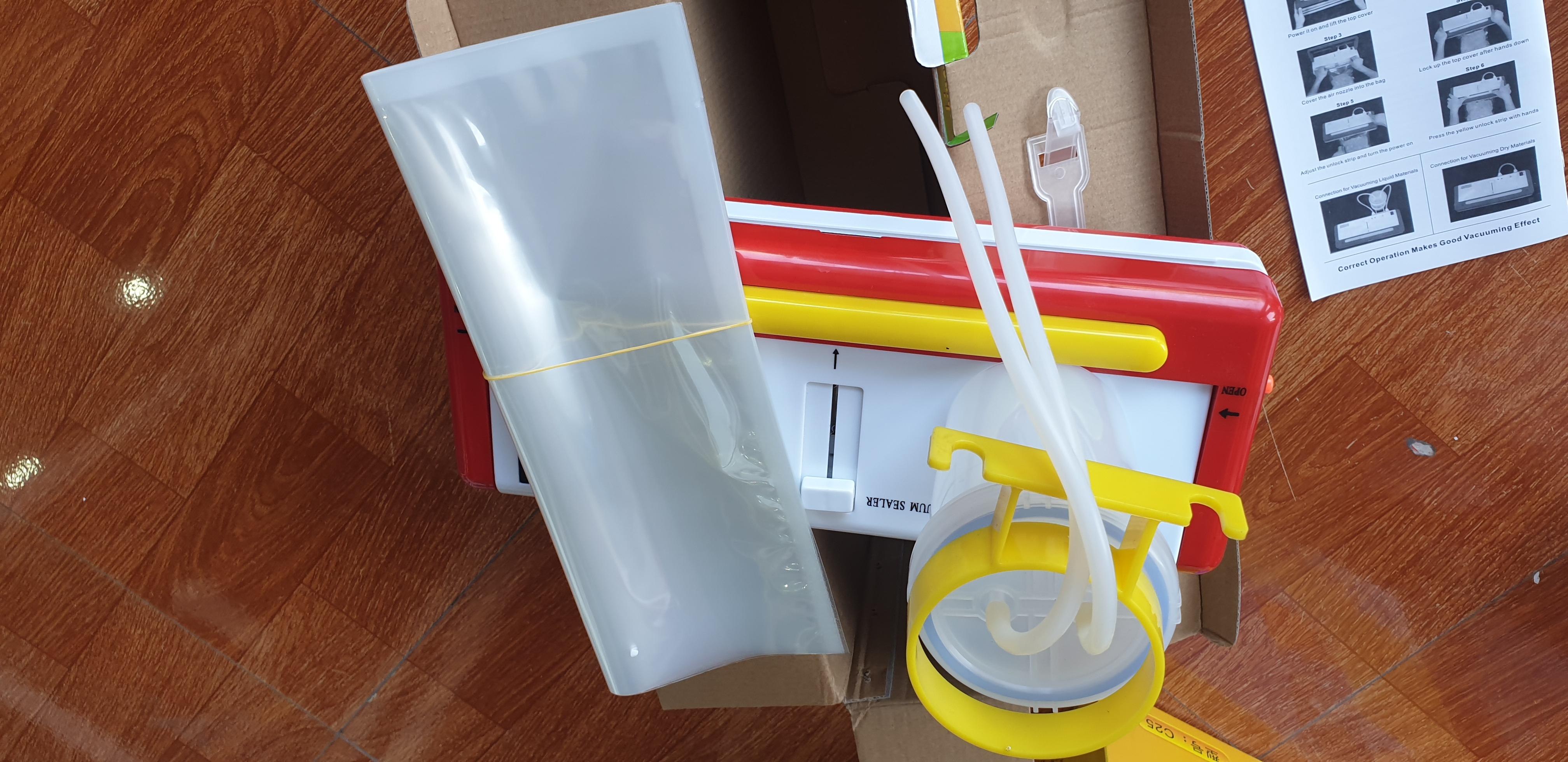 Máy hút chân không DZ 300B- không kén túi, hút được nước