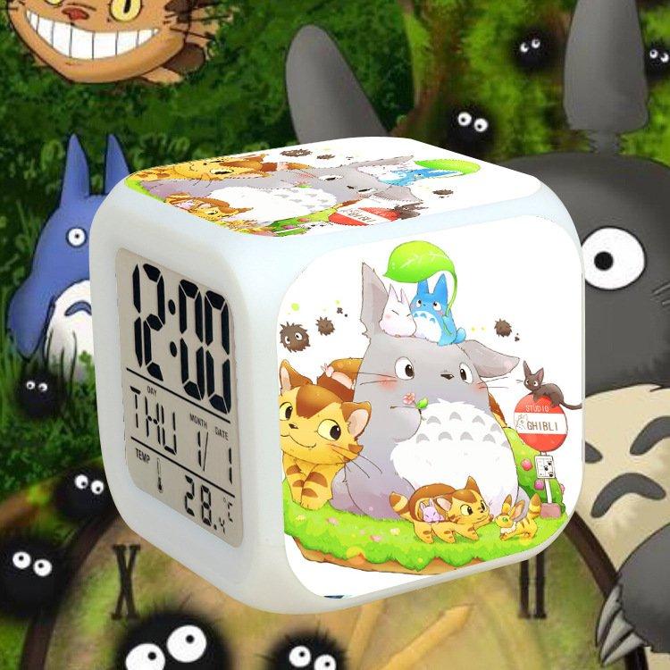 Đồng hồ báo thức để bàn in hình MY NEIGHBOR TOTORO đèn LED đổi màu anime chibi tiện lợi xinh xắn