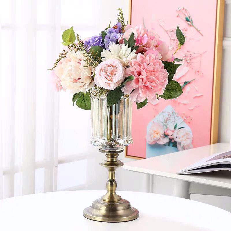 Bình hoa thủy tinh phong cách tân cổ điển sang trọng