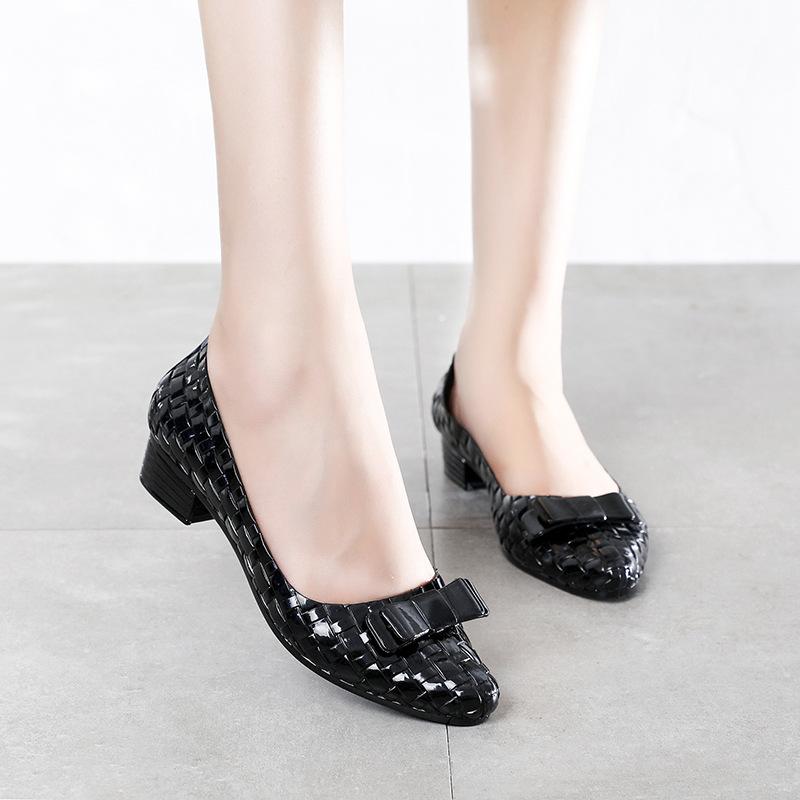 Giày búp bê công sở tôn dáng siêu xinh có khả năng chịu nước chống trơn trượt V259