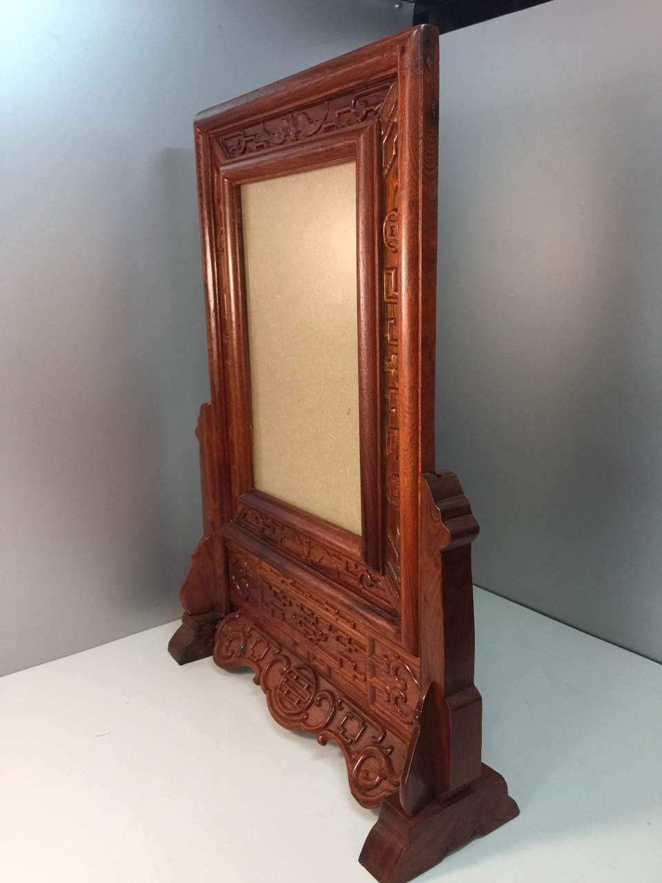 Khung ảnh thờ gỗ hương xịn 100%  ( khung liền, điêu khắc  hoa văn ) 20x30cm
