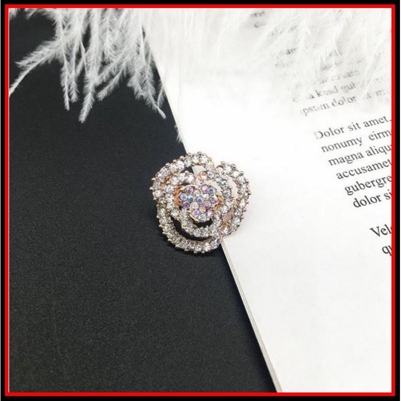 Cài áo ngực nữ hình bông hoa đính đá phong cách Hàn Quốc xinh xắn (size 1.8x1.8cm)