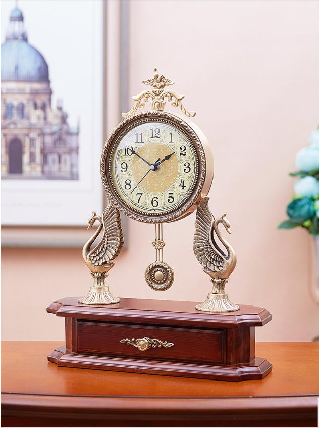 Đồng hồ để bàn quả lắc thiên nga đồng DH10