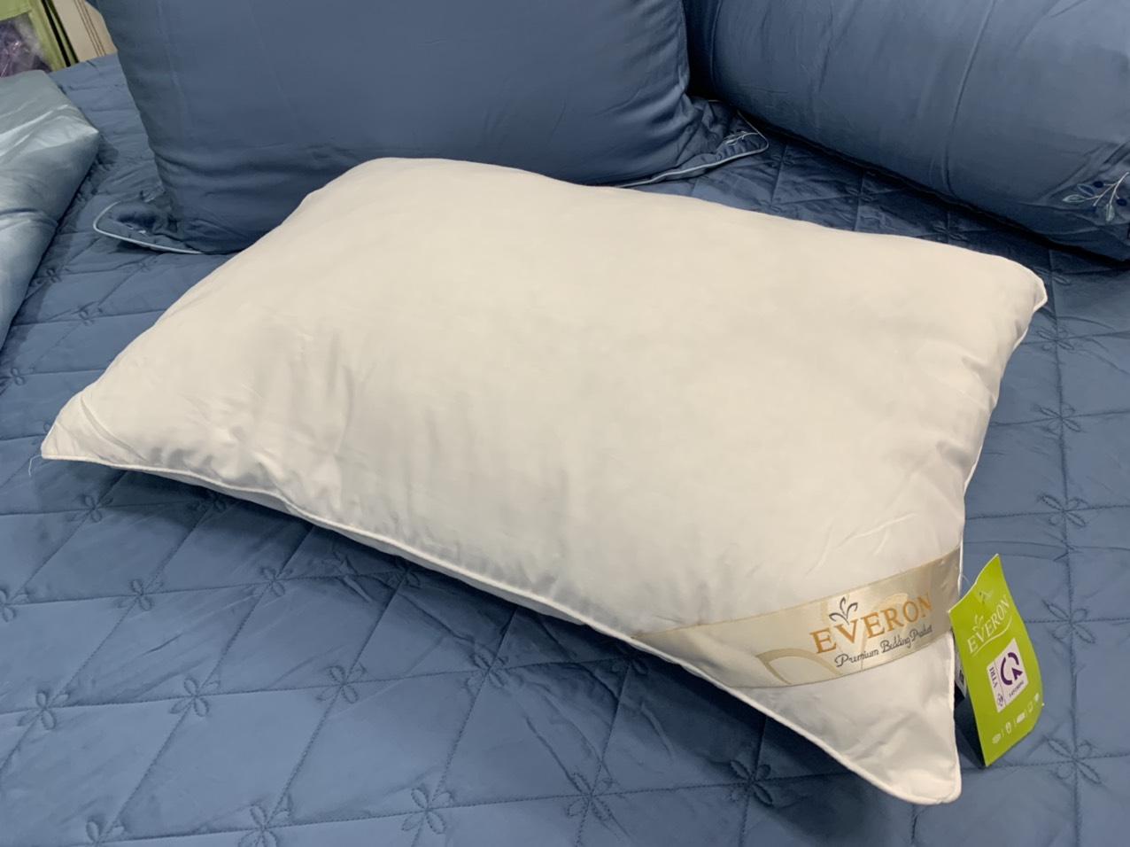 Ruột gối nằm Everon White ( 45cm x 65 cm )