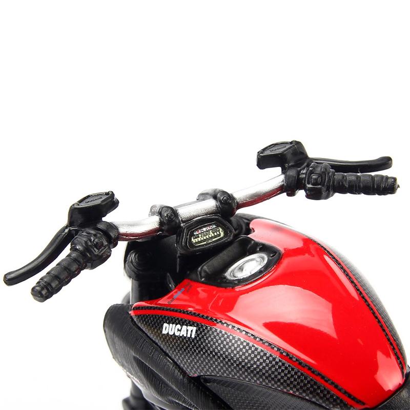 Đồ Chơi MAISTO Mô Hình Xe Mô Tô 1:12 Dòng Ducati Diavel Carbon 11023/MT31101