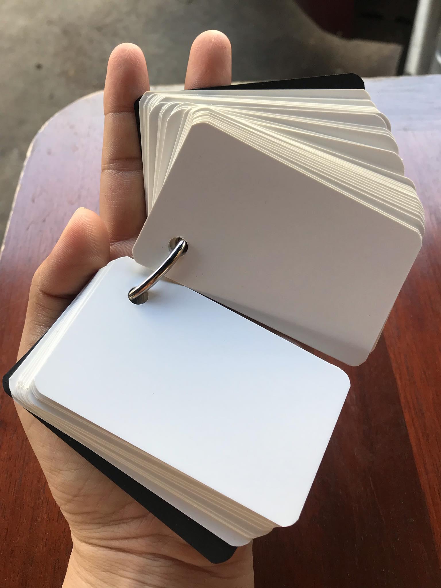 Giấy tập vẽ Flashcard trắng khổ nhỏ 5x8cm ( 100 tờ dày 5cm) định lượng 350gsm dùng chì và màu nước tất cả các loại bút vẽ dày đẹp loang màu như hình dễ thương