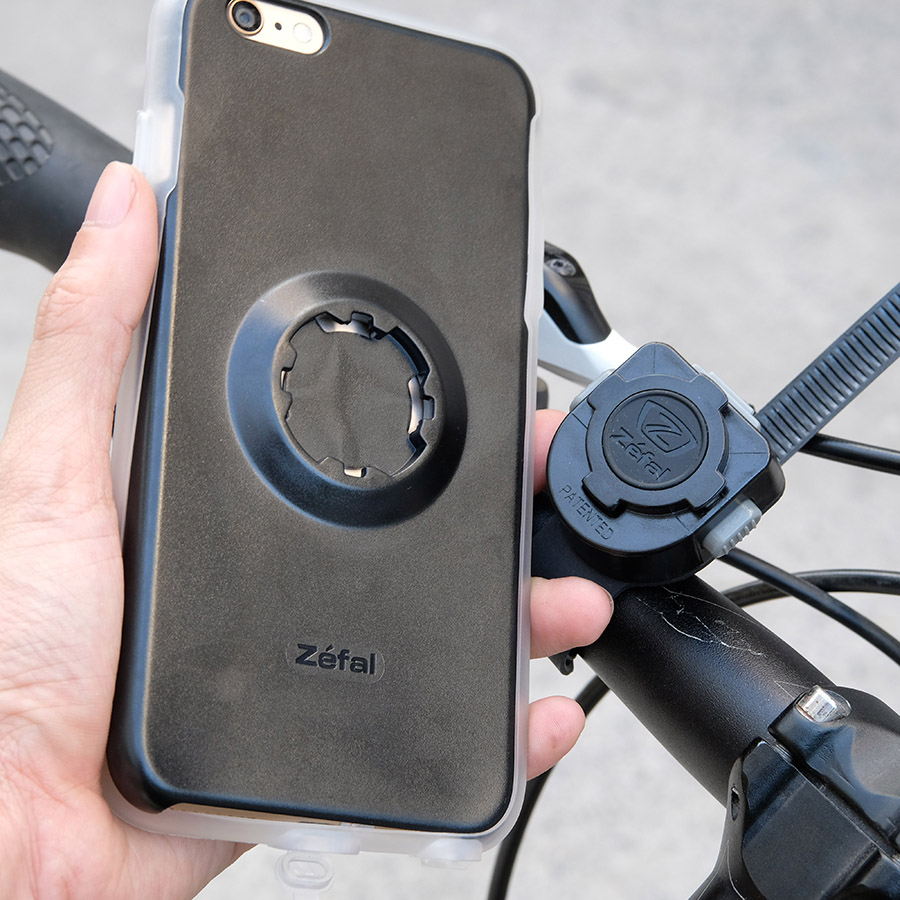Bộ pát gắn điện thoại xe đạp dành cho Iphone 6, 6+ Zefal Z-Console (Hàng chính hãng)