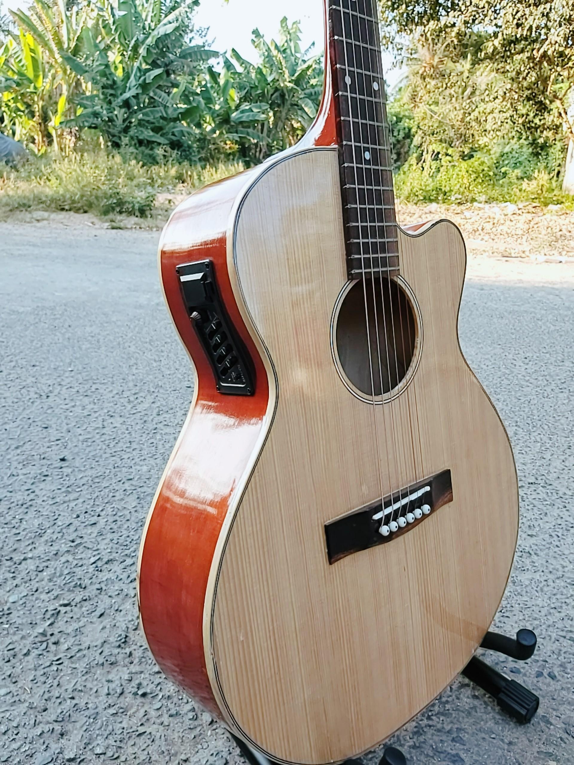 Đán guitar Acoustic gỗ gắn eq 7545 - đàn có ty KBD - Đàn có ty chống cong chơi được lâu dài