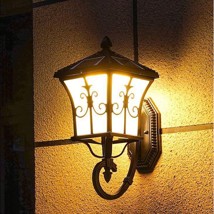 Đèn Led năng lượng mặt trời treo tường ngoài trời