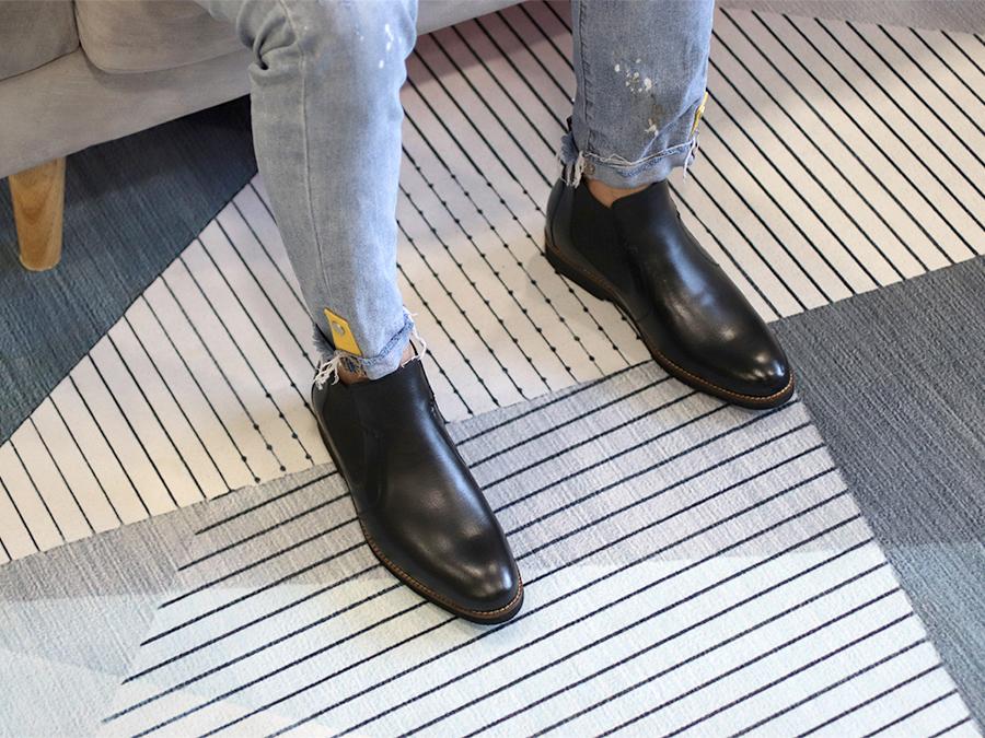 Giày Boots Nam Tăng Chiều Cao Siêu Nhẹ T&TRA Tăng Cao 7Cm, S1077 Đen Trơn , Chất Liệu Da Bò Cao Cấp, Đế Và Lót Siêu Nhẹ Giúp Giảm Trọng Lượng 30% So Với Đế Cao Su