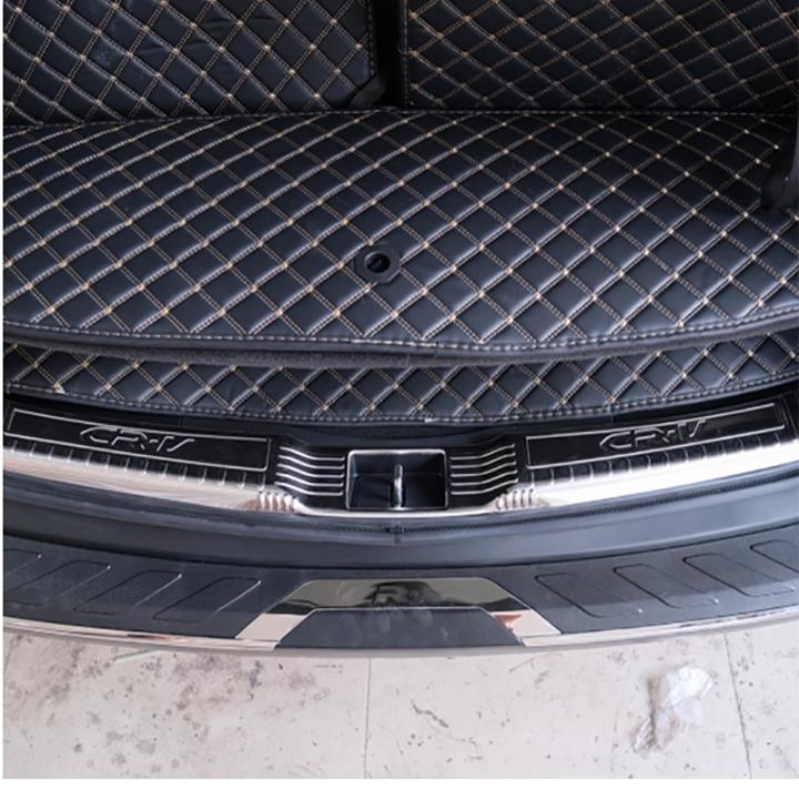 Lắp Nẹp Chống Trầy Cốp Sau Trong Ngoài Dành Cho Xe Honda CRV 2019 – 2020