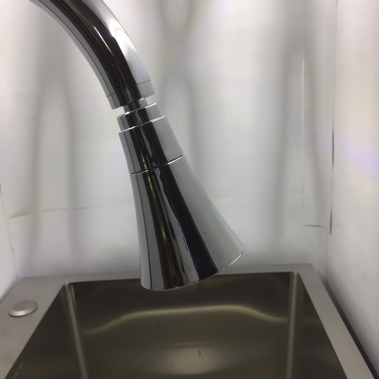 Đầu Gắn Vòi Nước Rửa Chén Bát Xoay 360 Tiết Kiệm Nước - Đầu Xoay Bằng Đồng Cao Cấp