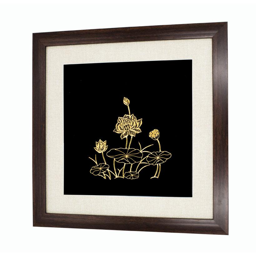 Tranh hoa sen mạ vàng 24K
