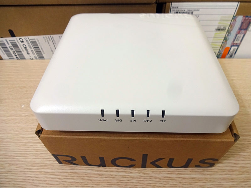 Bộ phát wifi 901-R600-WW00 Ruckus ZoneFlex R600 Indoor dual-band 802.11ac - Hàng nhập khẩu