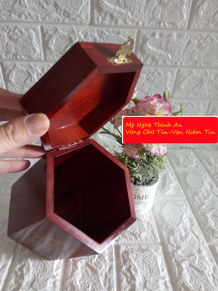 Hộp đựng gói trà bằng gỗ hương ta quý hiếm loại lớn HTL02
