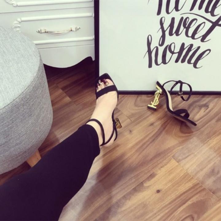 Giày sandal cao gót nữ gót chữ S ánh vàng quai mảnh chéo hậu cao cấp - LN157