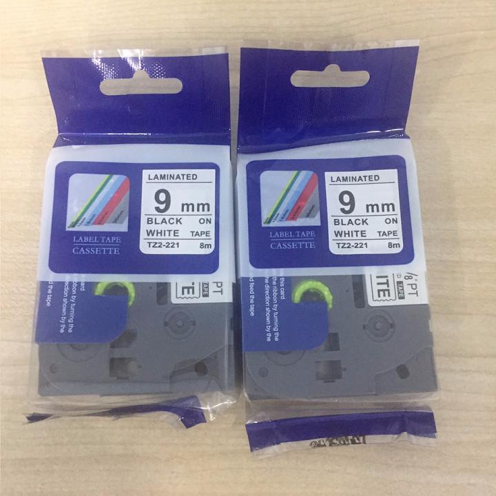 Combo 02 cuộn nhãn TZ2-221 tiêu chuẩn - Chữ đen trên nền trắng 9mm - Hàng nhập khẩu