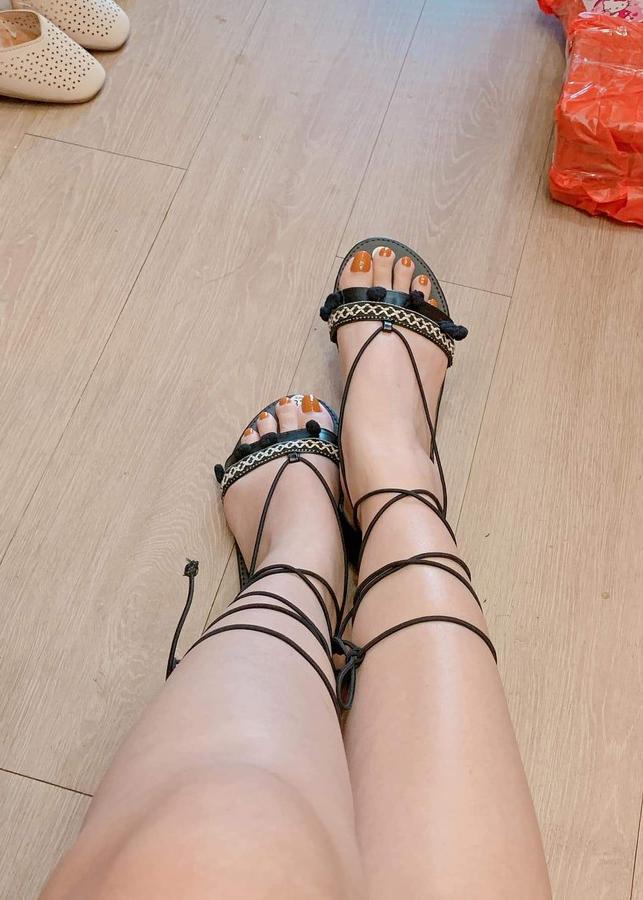 Giày Sandal cột dây thổ cẩm