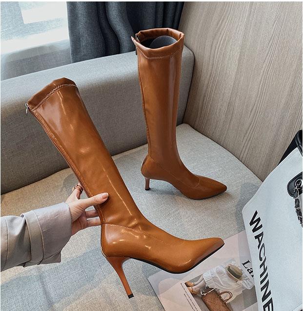Boot ống cao dưới gối gót nhọn màu bò SANG CHẢNH GCC10502