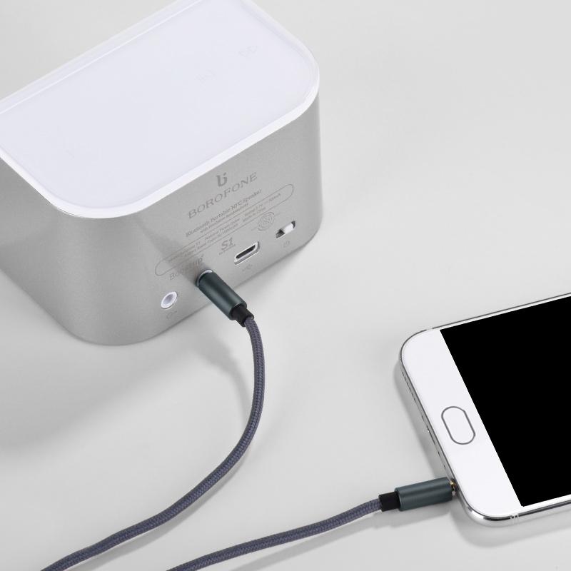 Cáp âm thanh Hoco kết nối ổn định vỏ bện Nylon chắc chắn dây dài 100cm cao cấp - Hàng chính hãng