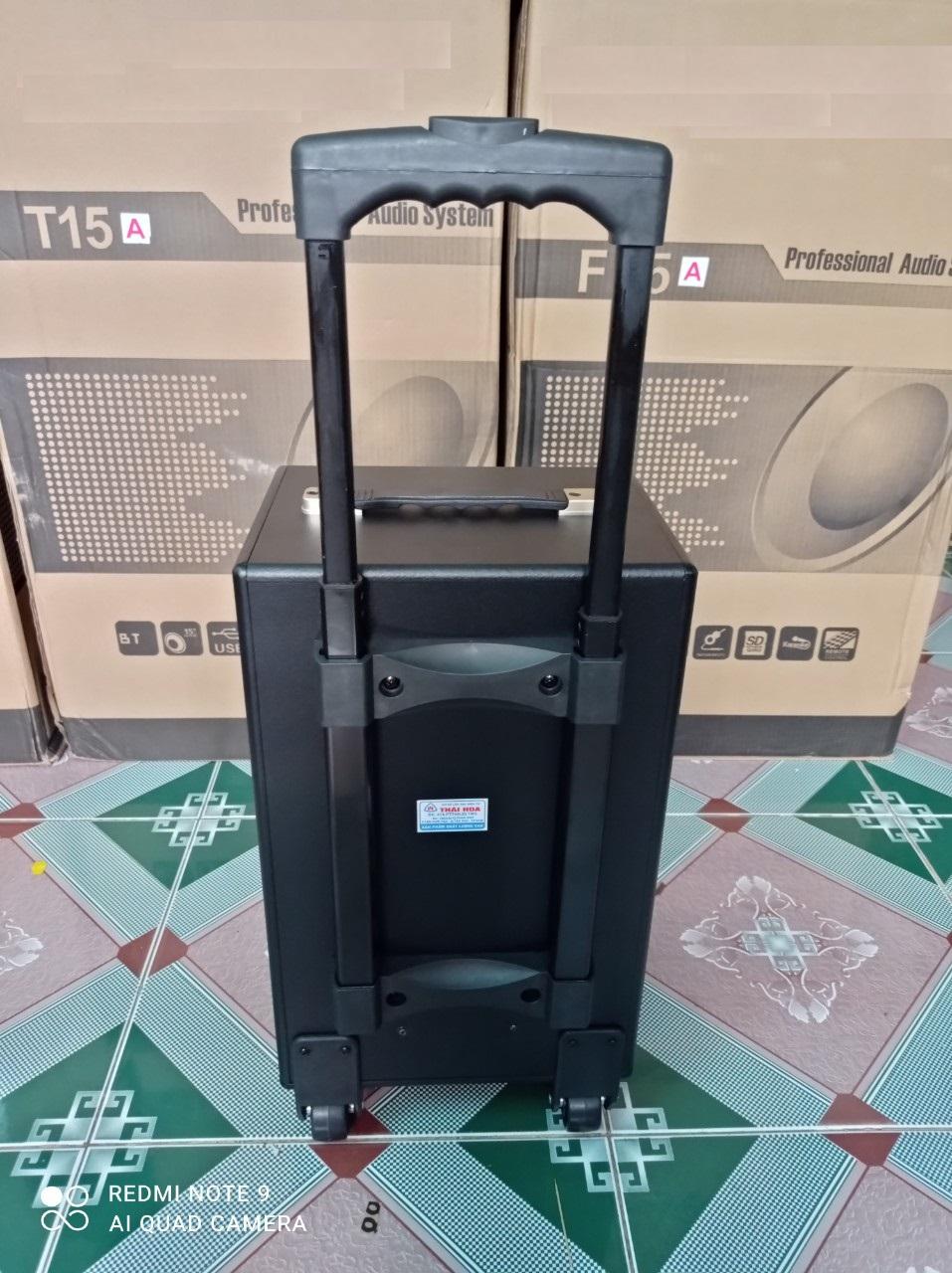 Loa kéo di động Q8 Karaoke có 2 micro kết nối bluetooth thùng gỗ