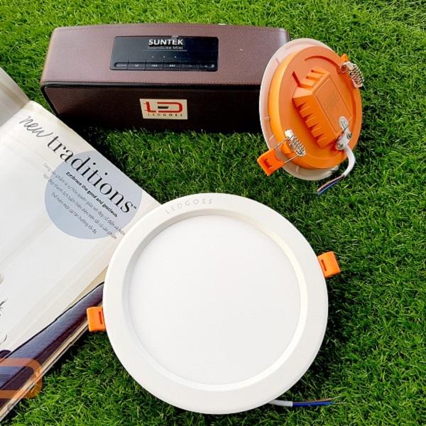 Đèn LED âm trần siêu mỏng LEDGOES DL SLIM-RD 9W