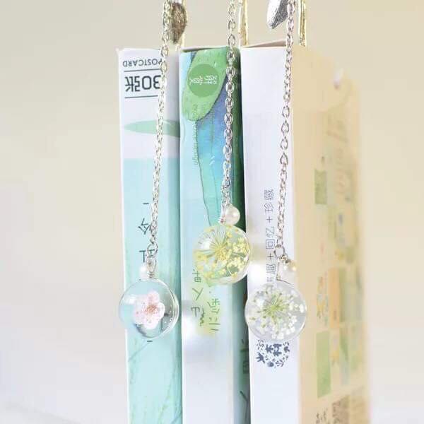 Bookmark chiếc lá treo cầu thủy tinh ngọc hoa, đáng yêu, xinh xắn - Tặng hộp giấy
