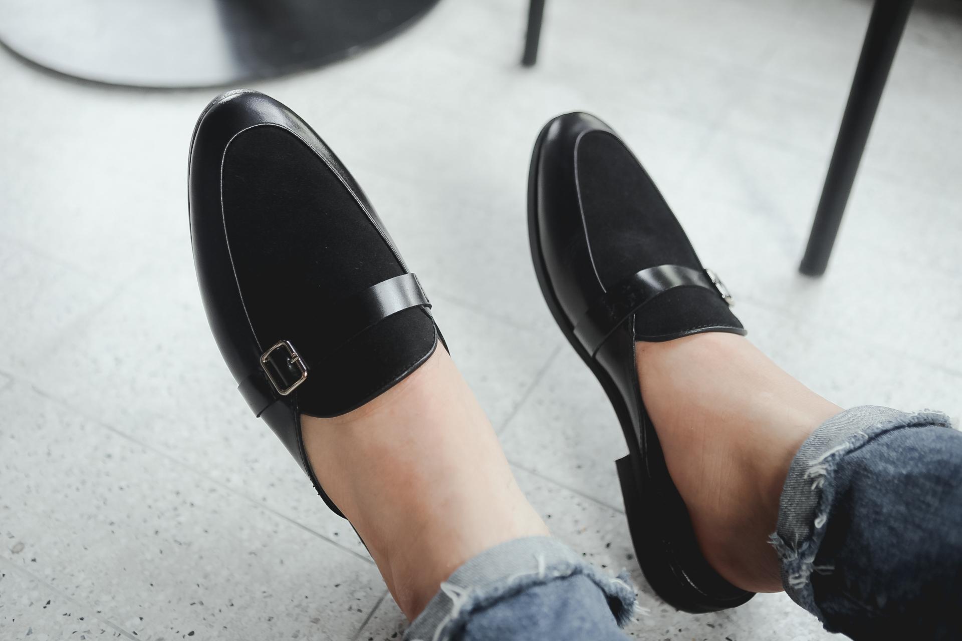 Giày Sục Nam Da Lộn Đai Khóa Da Bò Nguyên Tấm Trẻ Trung Cao Cấp Mã M650