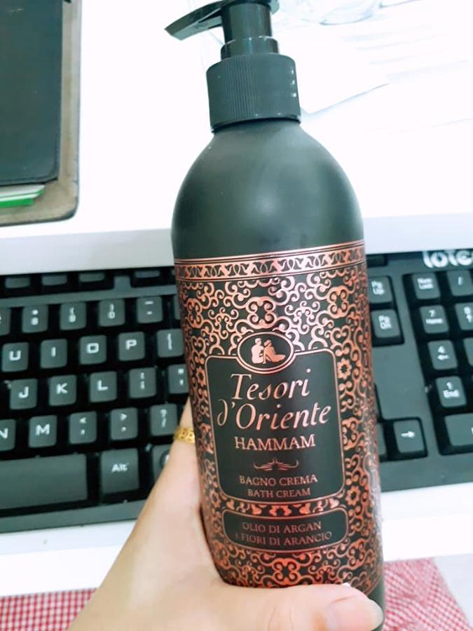Sữa tắm hương nước hoa Tesori d'Oriente tinh chất Hammam 500ml + Móc khóa
