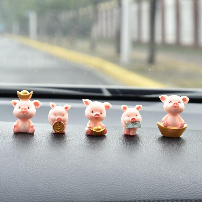 Decor heo, lợn thần tài trang trí taplo ô tô, đồ chơi ô tô, phụ kiện xe hơi sáng tạo hoặc để bàn làm việc
