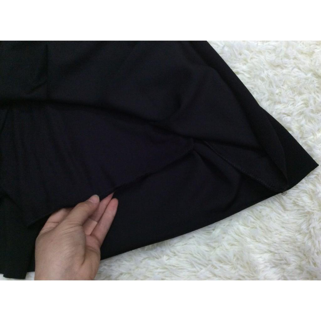 Chân váy xếp ly dáng ngắn cạp cao có quần