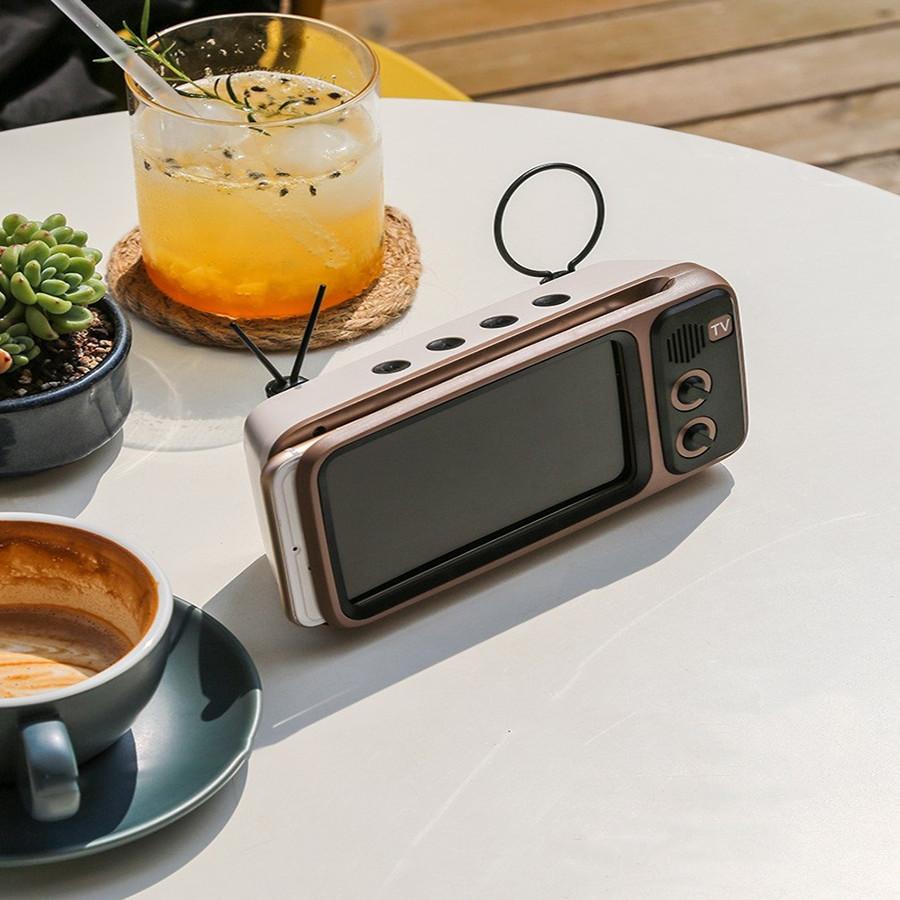 Loa Bluetooth Kiểu Dáng Tivi Kiêm Giá Đỡ Điện Thoại