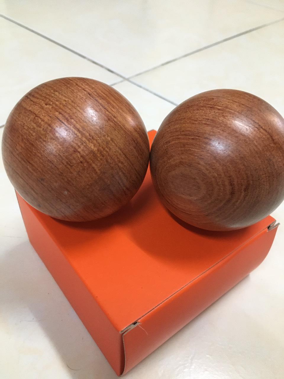 Bi lăn tay hạt gỗ Hương - 5cm ( hình thật ) (2 viên)