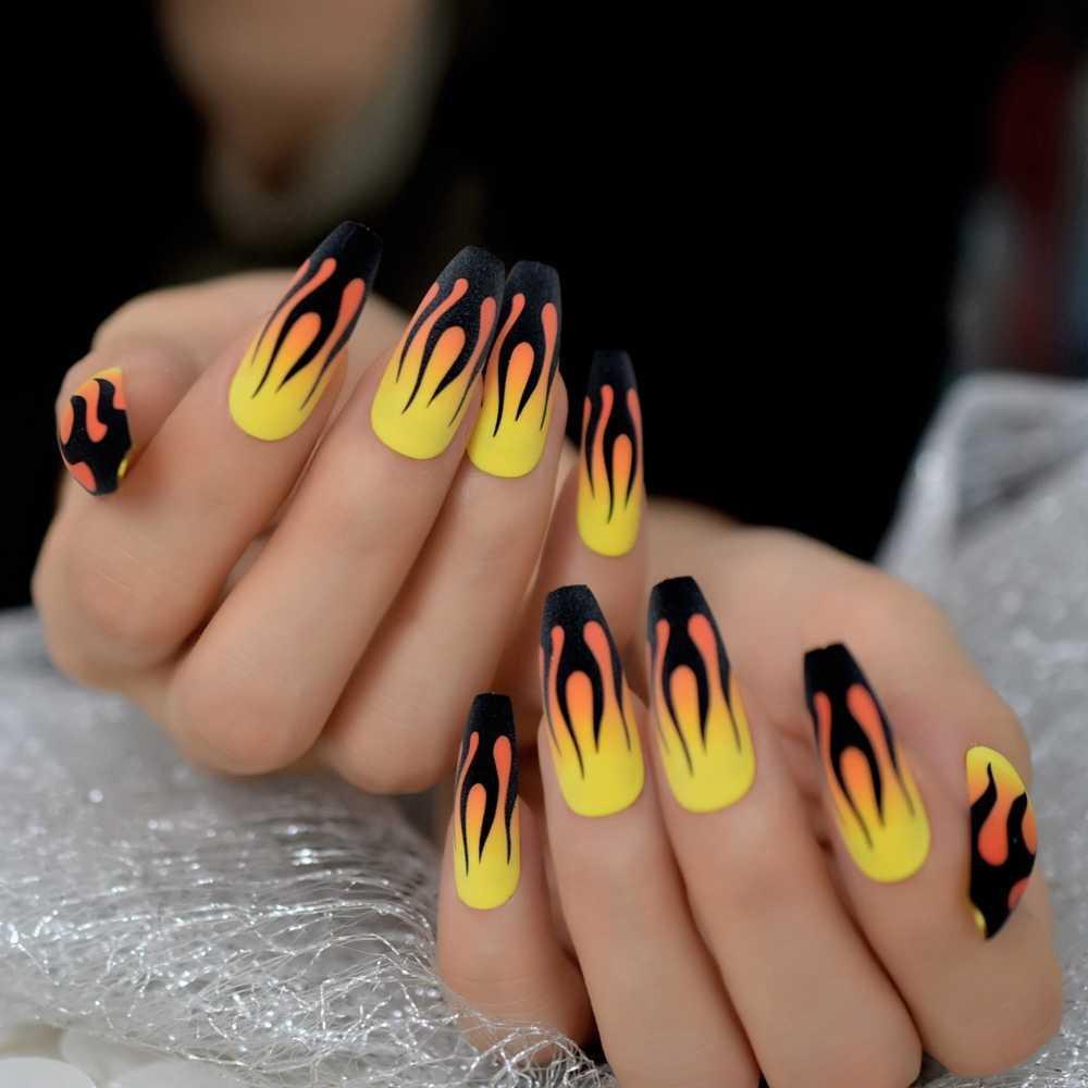 Sticker nails - hình dán móng 3D lửa
