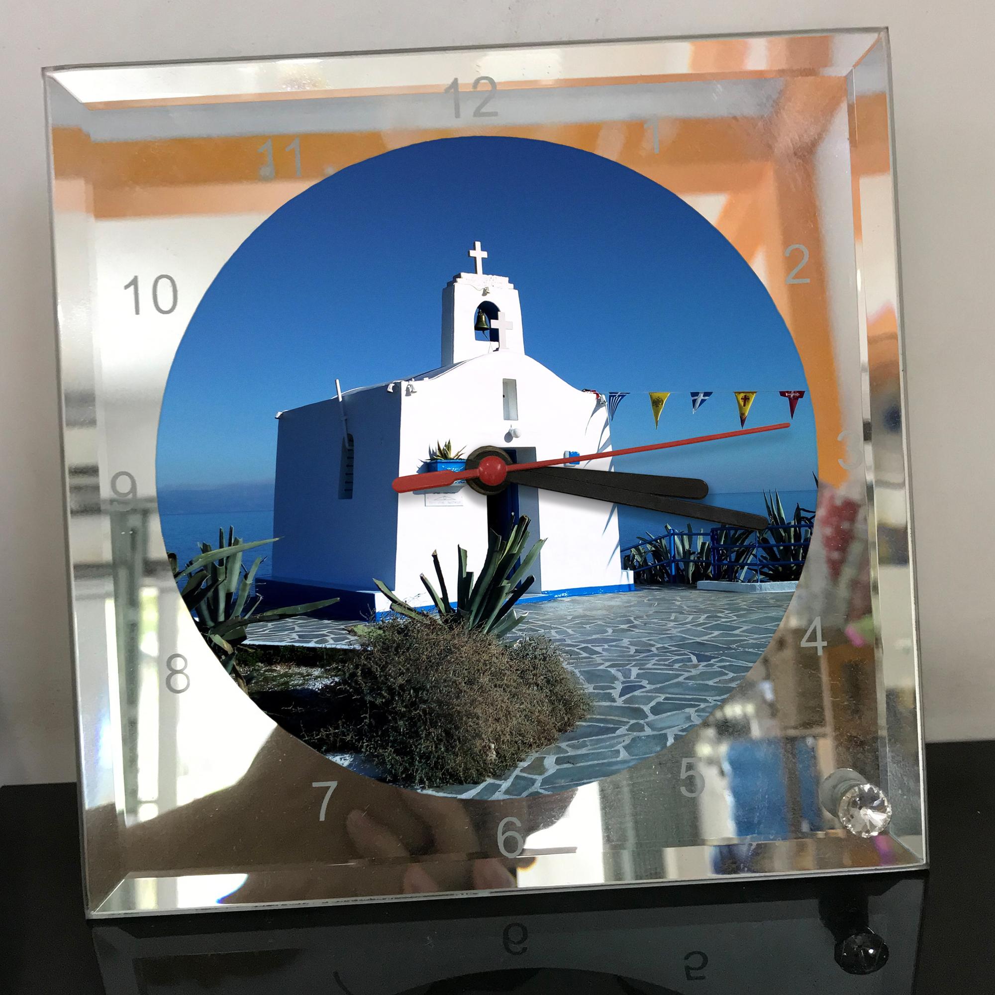 Đồng hồ thủy tinh vuông 20x20 in hình Church - nhà thờ (33) . Đồng hồ thủy tinh để bàn trang trí đẹp chủ đề tôn giáo