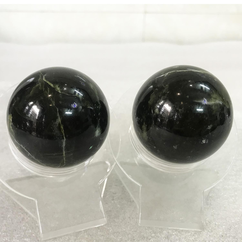 Cặp bi lăn tay đá ngọc Serpentine tự nhiên - Bảo kiện cầu hoàn toàn ngọc đen bóng nhiều vết rạn. BAOKIENCAUDEN