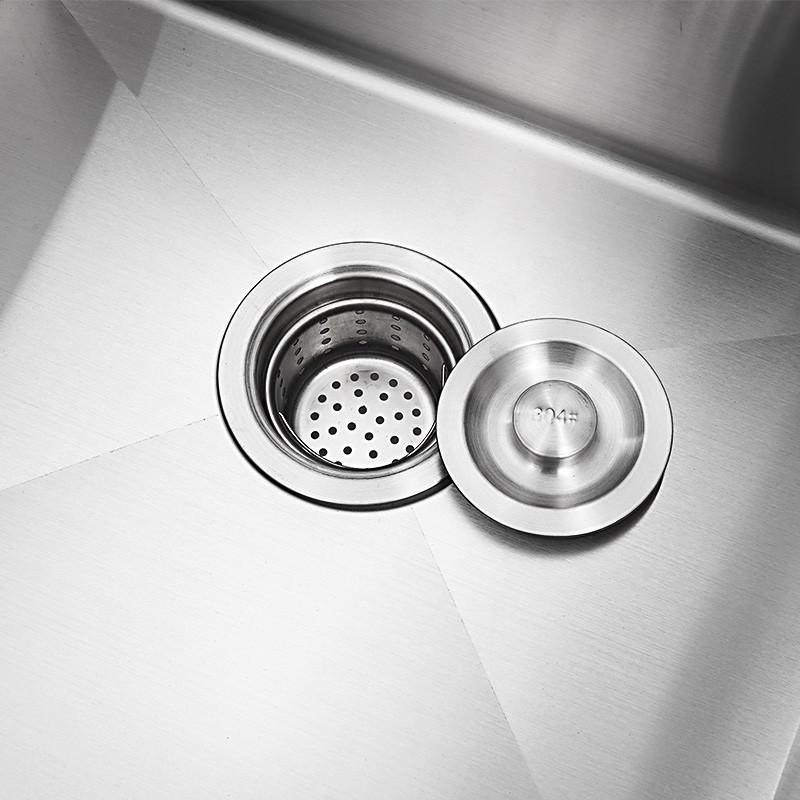 Combo chậu rửa chén bát inox 8245 hai hố cân, vòi rửa bát nóng lạnh Vuông, bình xà phòng, rá inox gác chậu