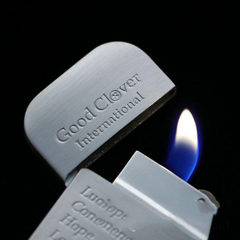 Hộp Quẹt Bật Lửa Gas Đá Khắc Hình Cỏ Bốn Lá BD-311-4 Siêu Mỏng