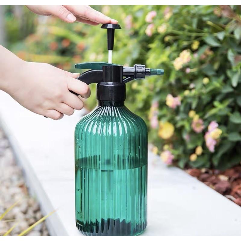 bình xịt cây hơi ,bình tưới hoa ,tưới cây cảnh nhựa nhập khẩu cao cấp 2 lít