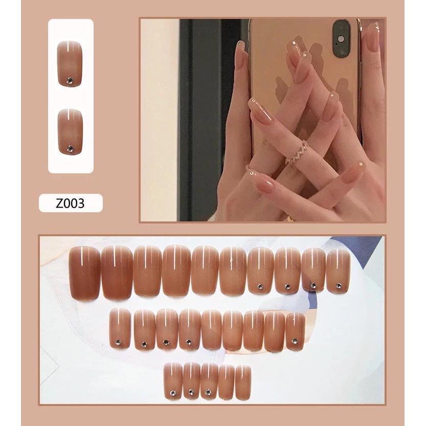Set 24 móng tay giả , nail giả khuôn dài màu trong đính đá charm cực kỳ sang chảnh