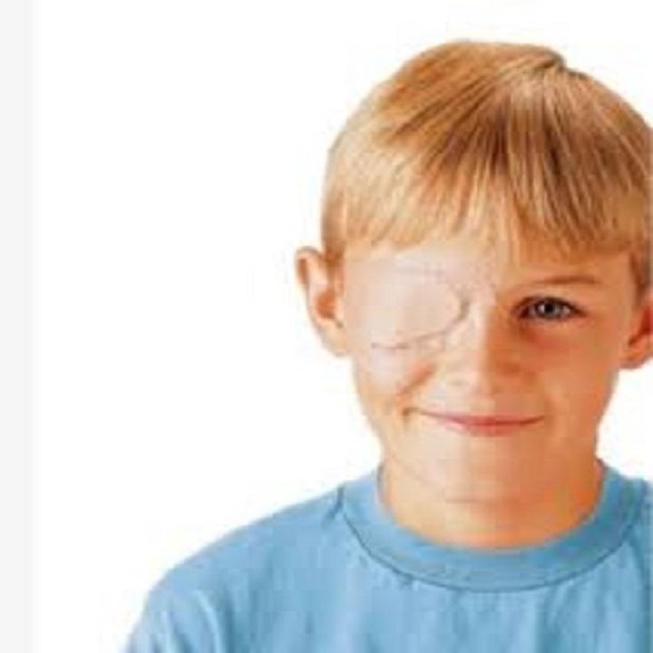 Miếng dán mắt 3M Nexcare hỗ trợ điều trị nhược thị cho trẻ trên 4 tuổi(Hộp 20 miếng cỡ lớn 1539)
